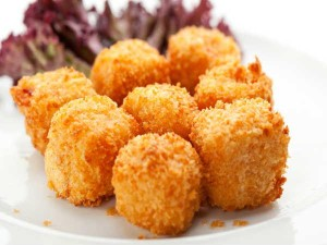 EASY CHEESE BALLS